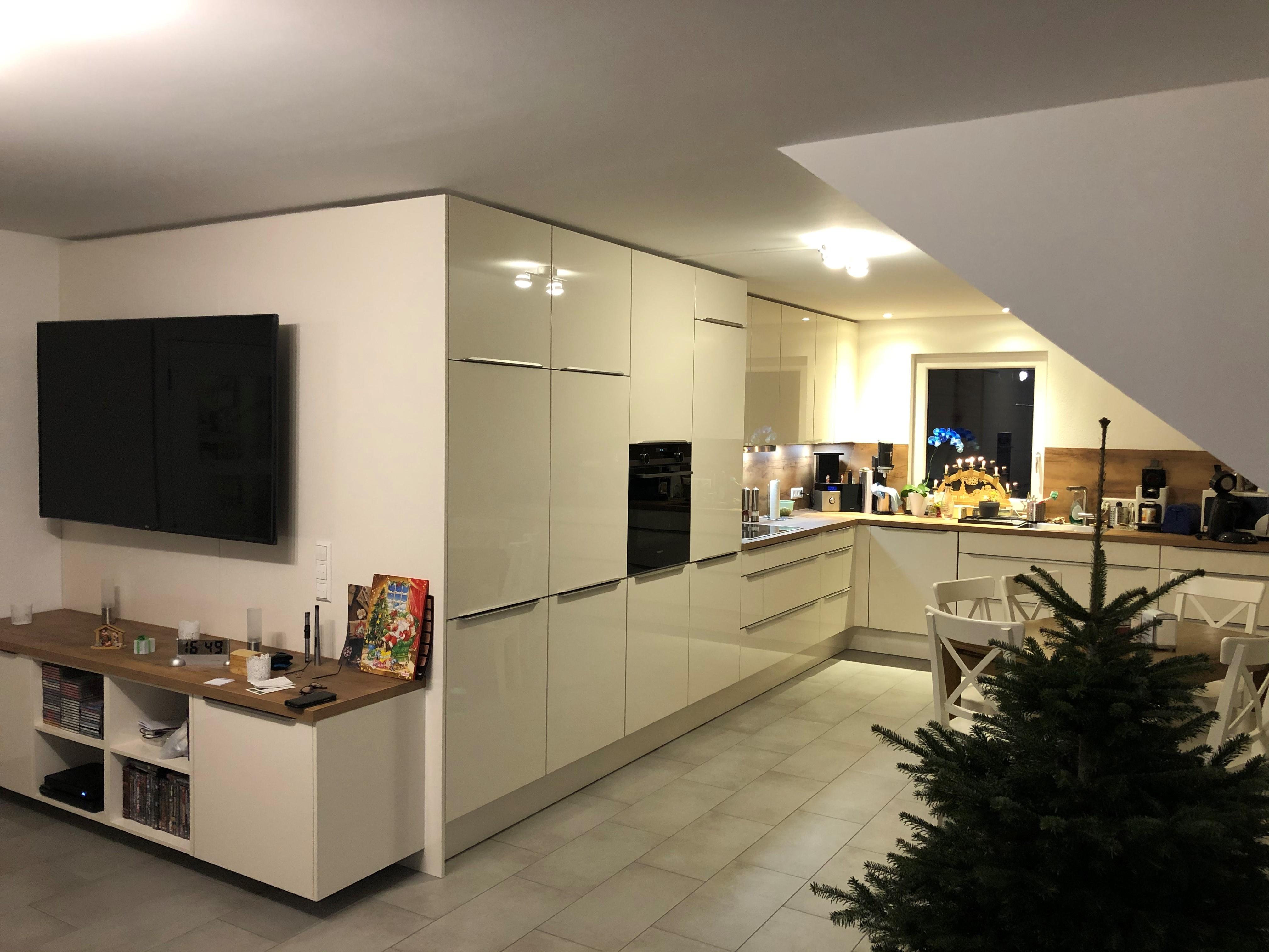 Nobilia Küche Umlaufend